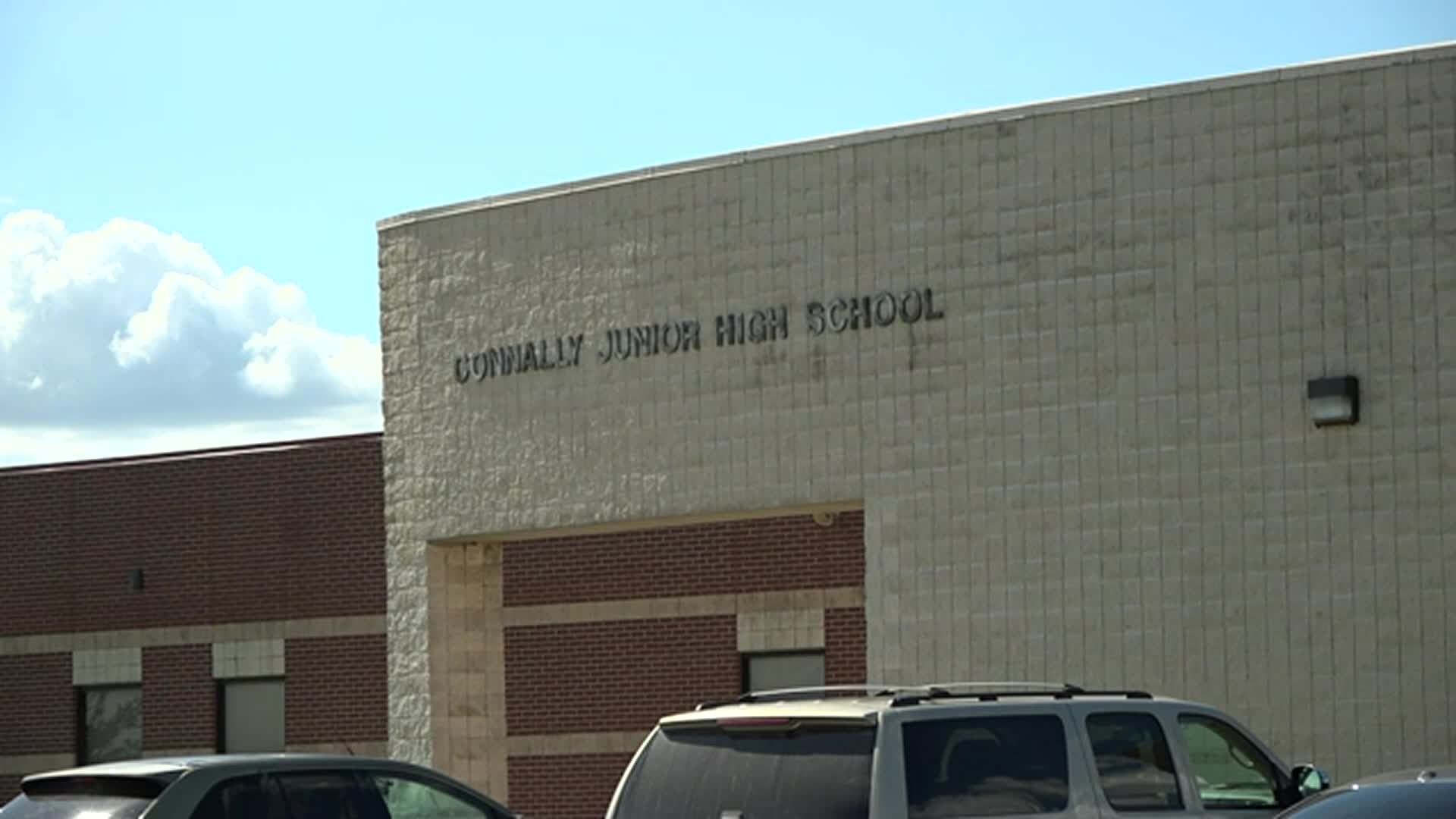 Image for TX: SCHOOL HAS 2 TEACHERS DIE FROM COVID