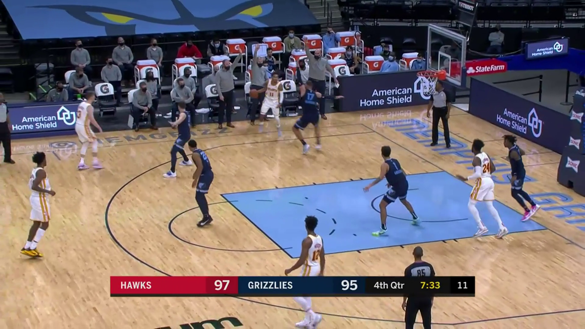 Young Drops 36 PTS in Victory Over Grizzlies