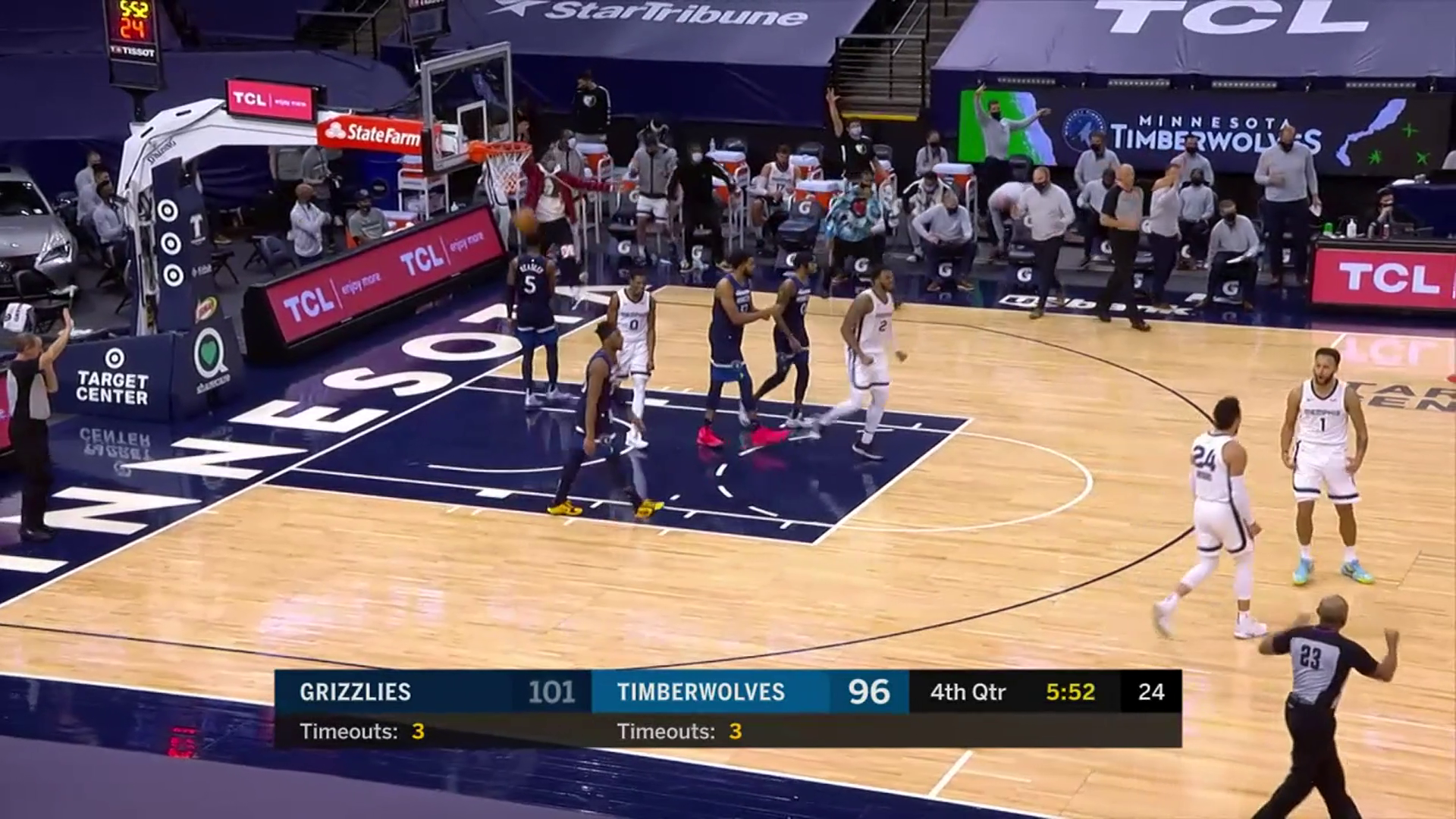 Grizzlies make it rain with five 3s in the fourth quarter