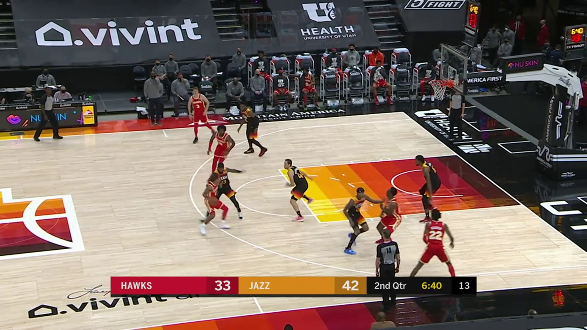 Reddish Leads Hawks With 20 Points in Utah