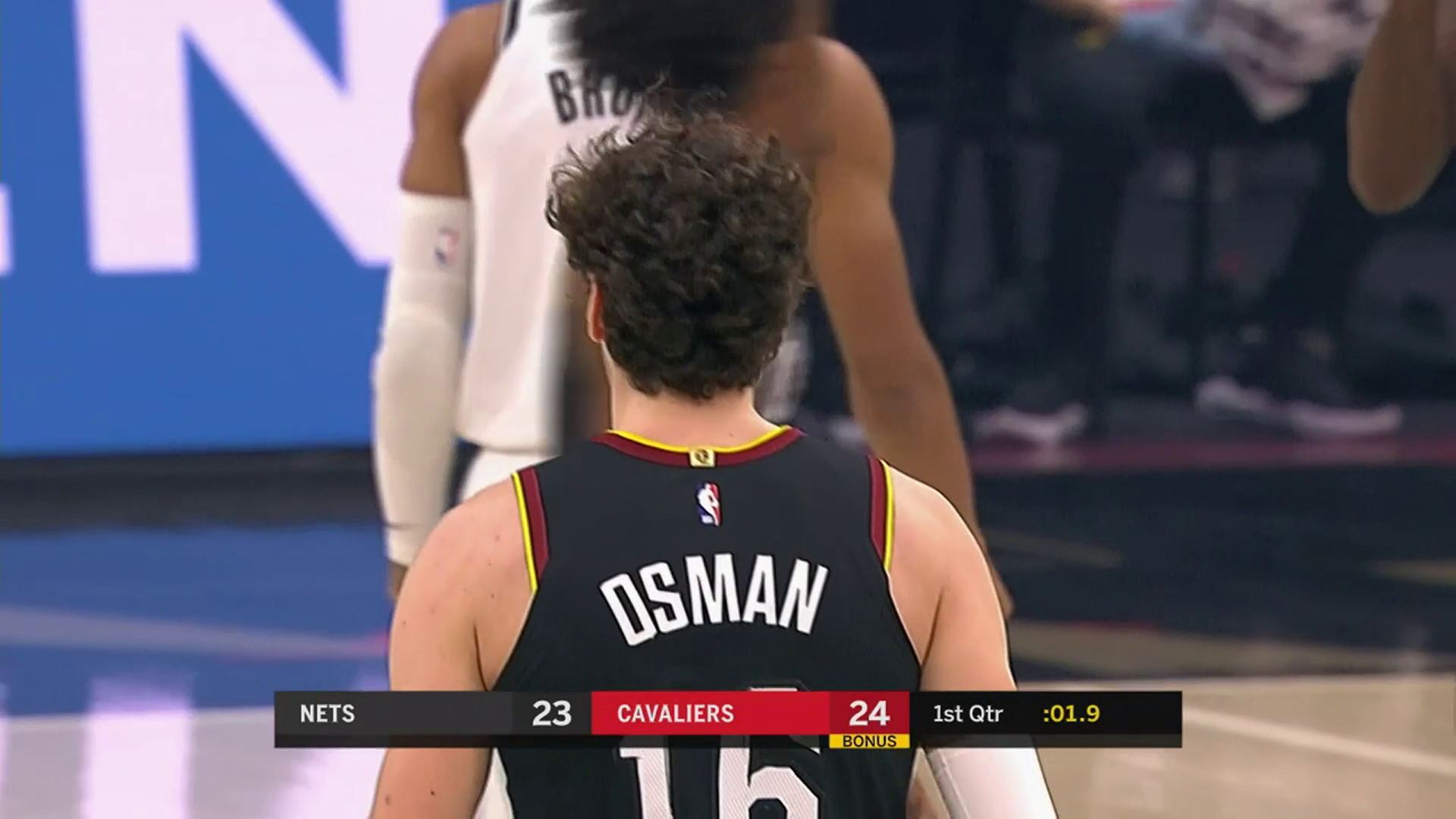 Cedi Hits a Pair of Threes to Give Cavs the Lead