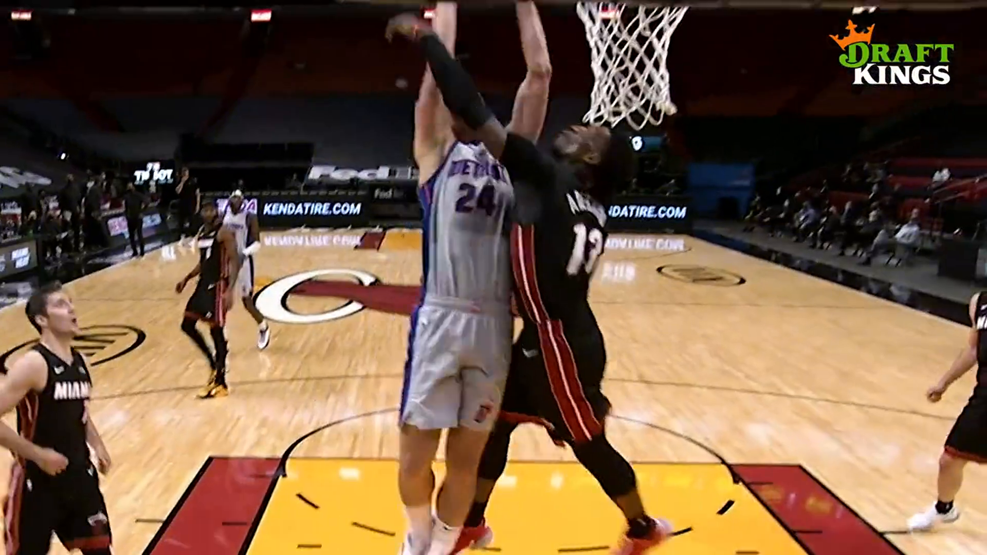Dunk of the Week, presented by Draft Kings: Mason Plumlee