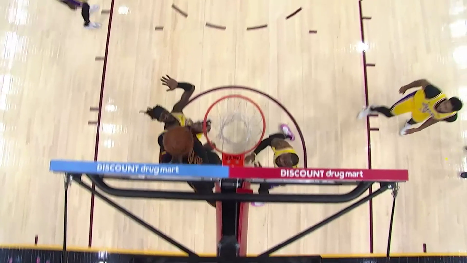Drummond Grabs Board, Scores Inside