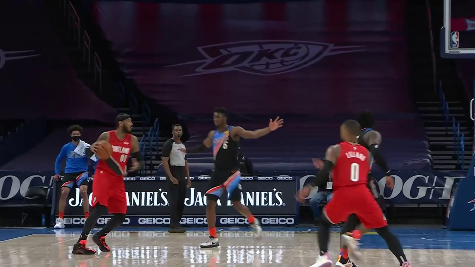 Damian Lillard hits multiple clutch threes in the closing minutes to seal the win