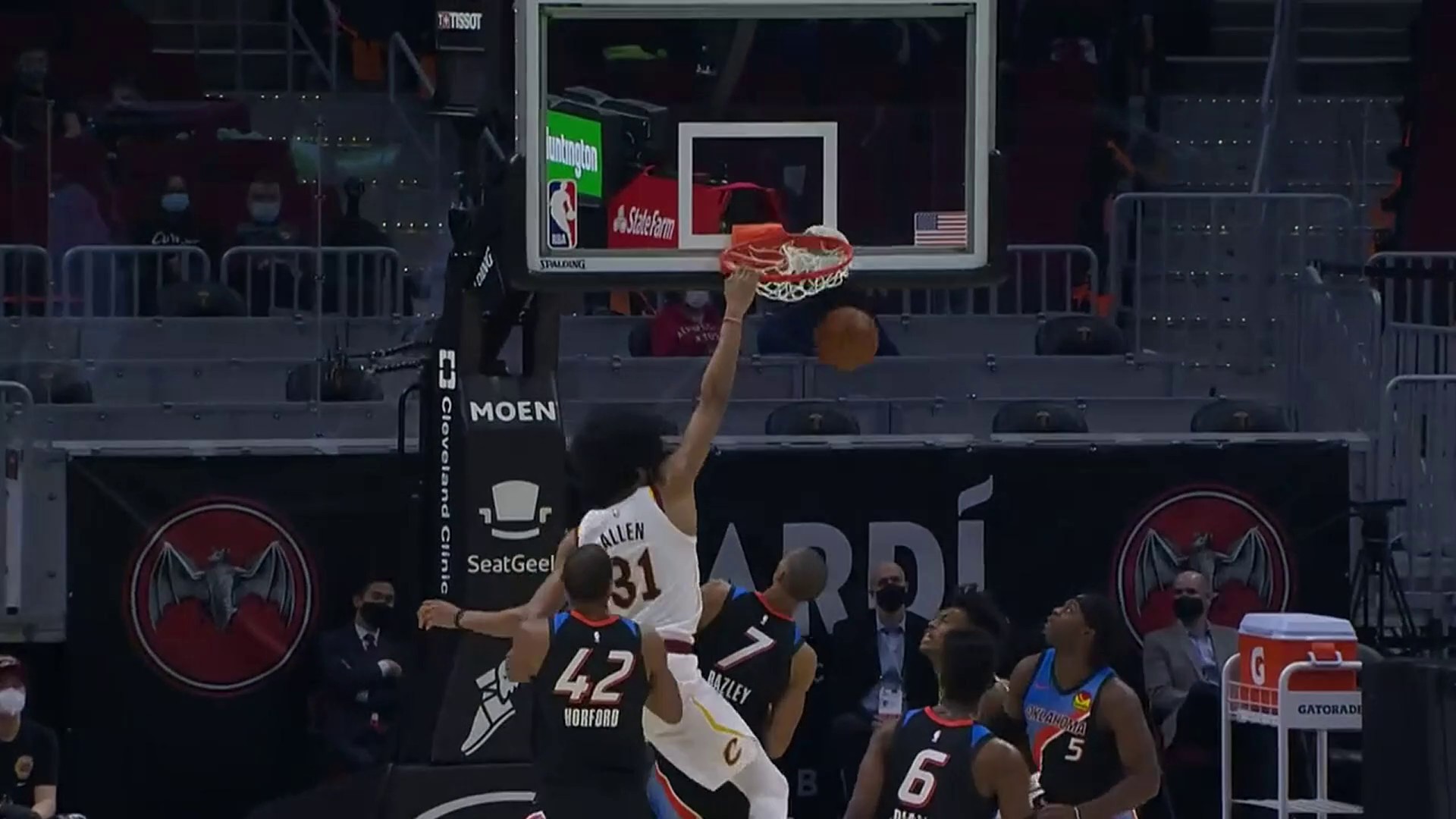 Sexton Finds Allen for the Dunk