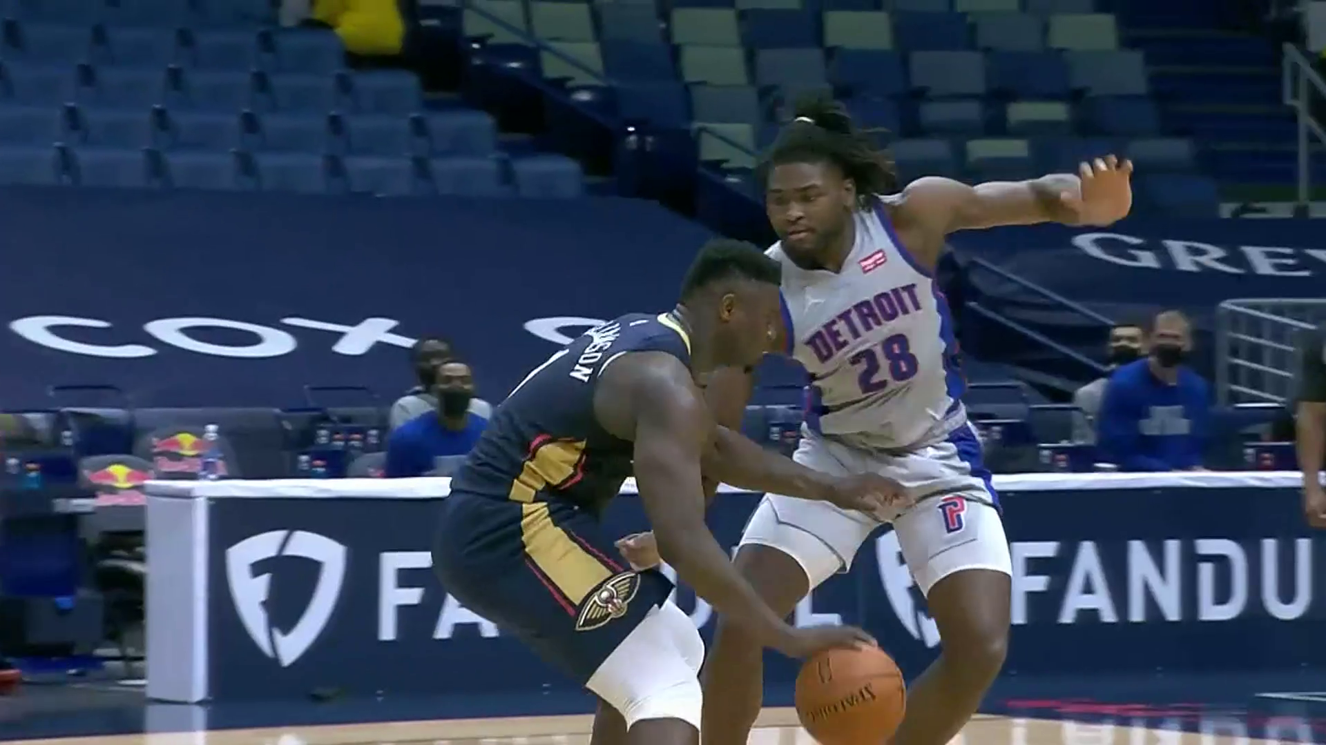 Zion Williamson pours in 32 points   Pelicans-Pistons Highlights