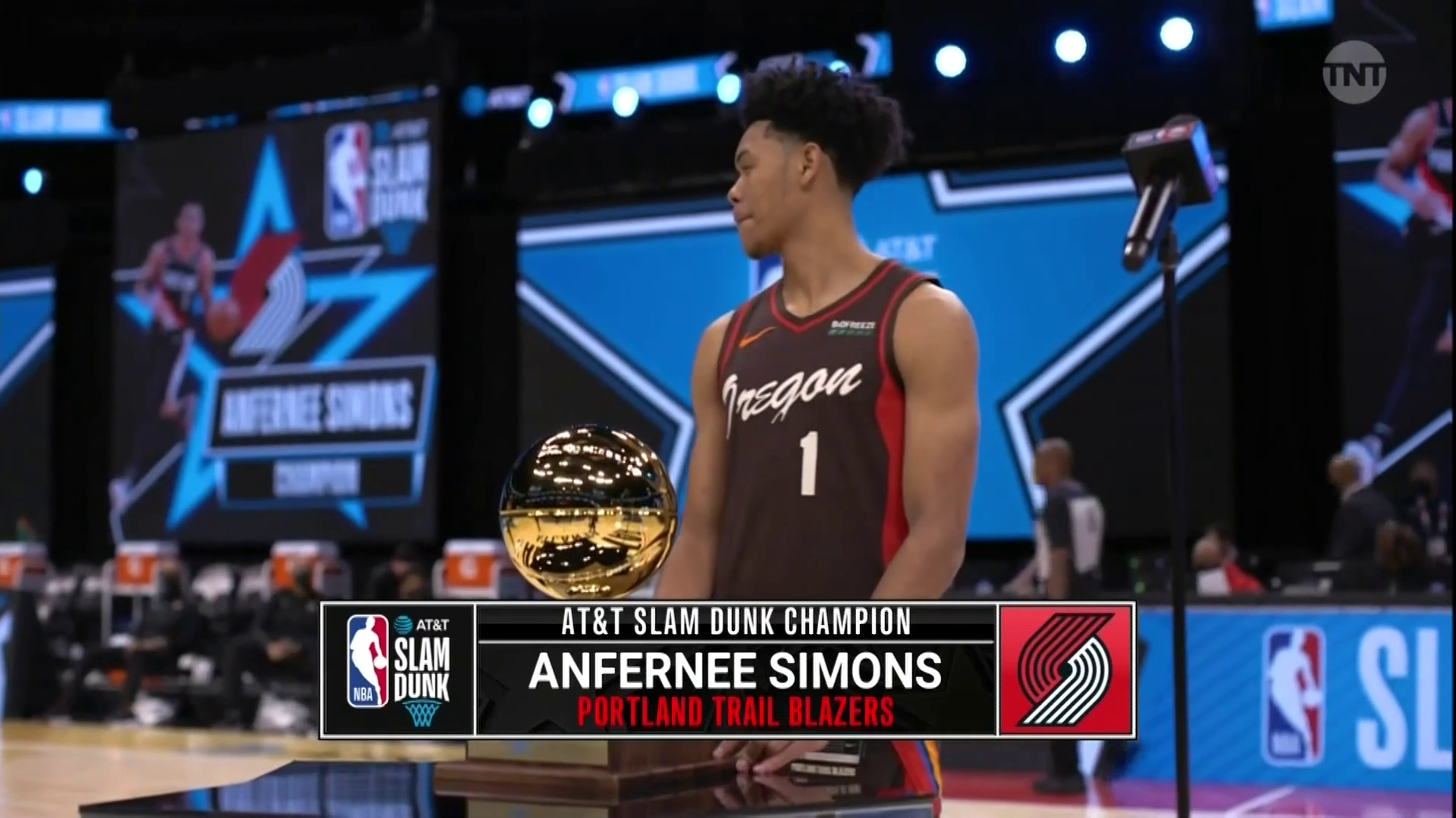 Anfernee Simons wins the 2021 AT&T Slam Dunk Contest
