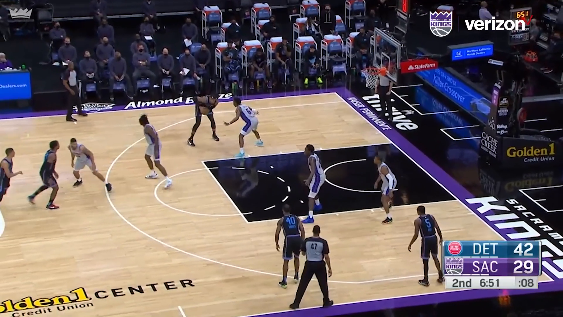 Richaun Spins and Scores | Kings vs Pistons 4.8.21