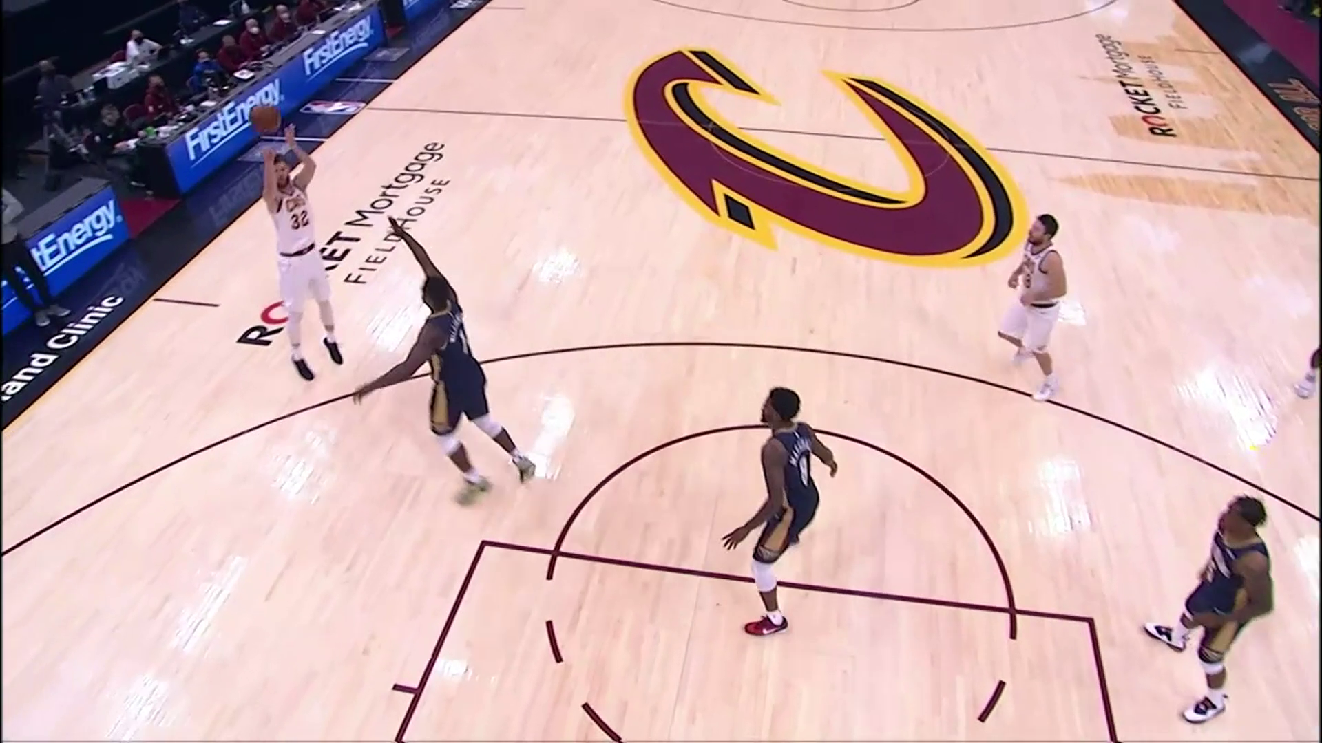 Delly to Wade for Three