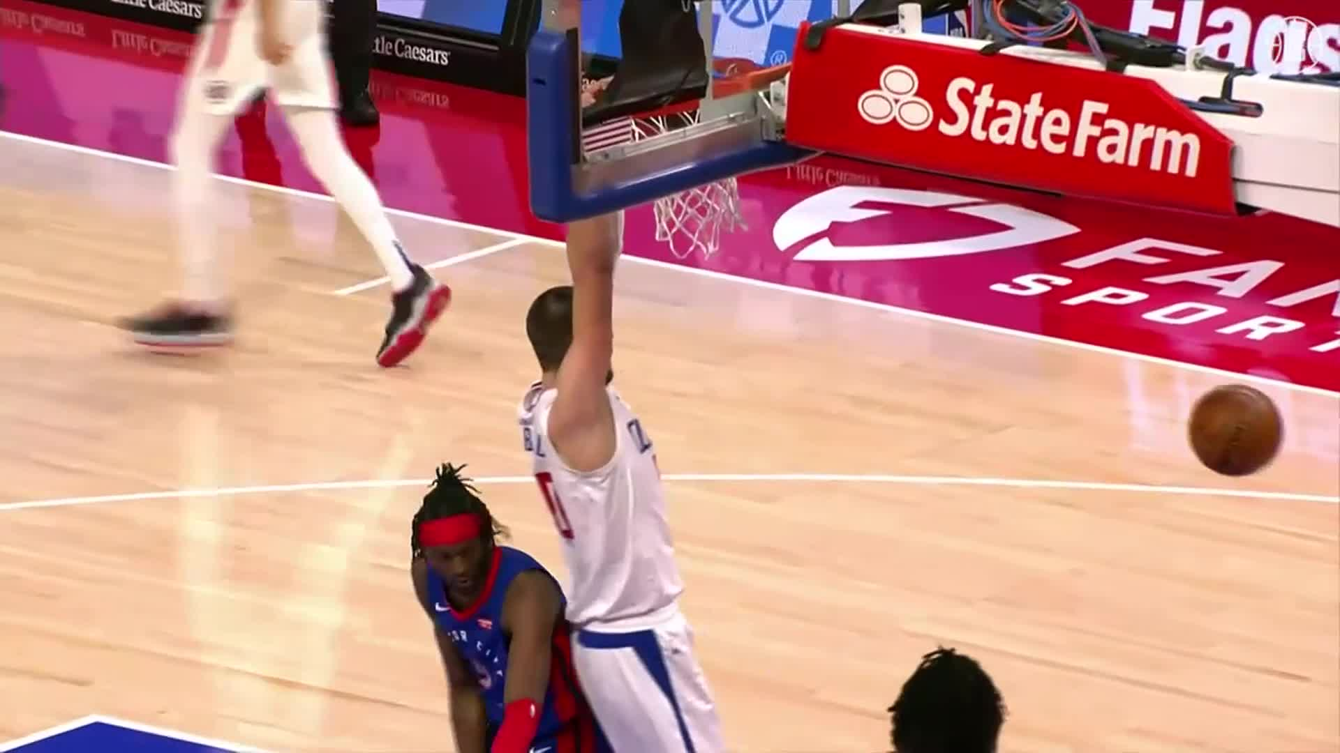 Ivica Zubac 18 Pts, 13 Reb, 2 Ast vs Pistons | (4.14.21)