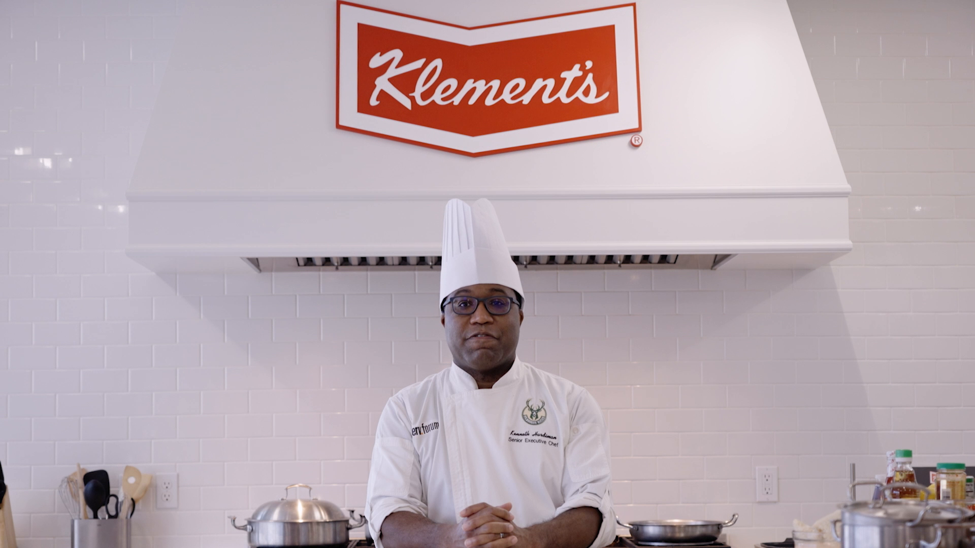 Cooking with Klement's: Grilled Bratwurst Bahn Mi
