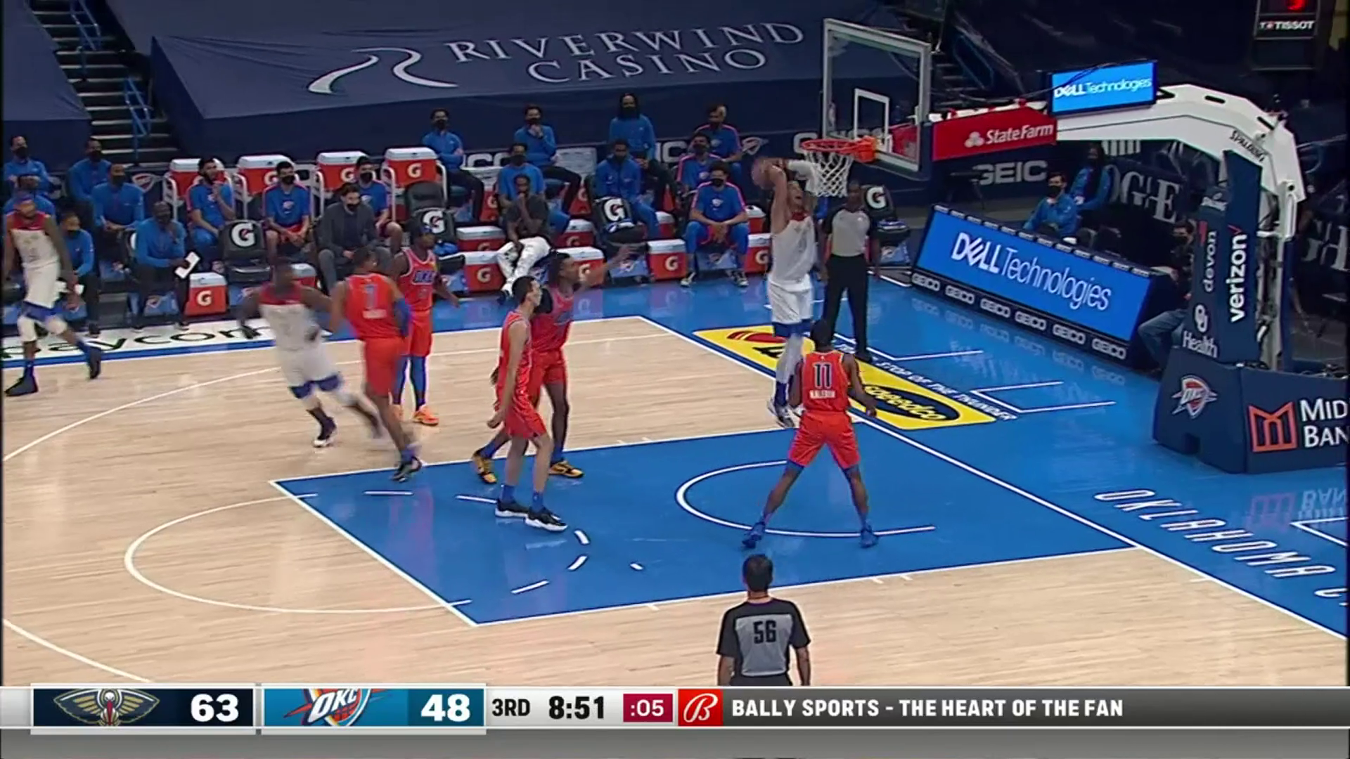 Zion Williamson assist to Willy Hernangómez   Pelicans-Thunder Highlights