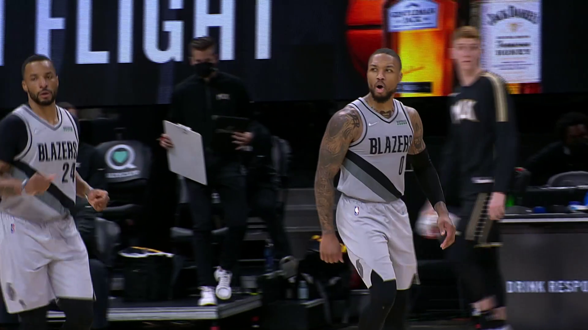 Powell and Lillard hit back-to-back threes