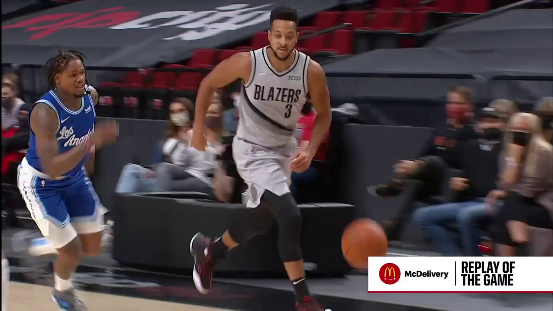 McCollum and Kanter connect on the pick and roll