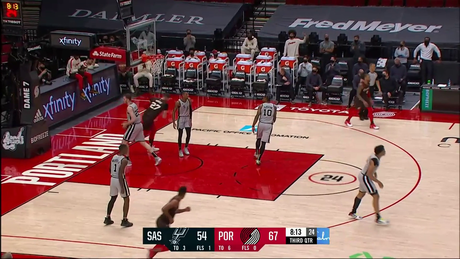 Nurkić spins to the rim for two