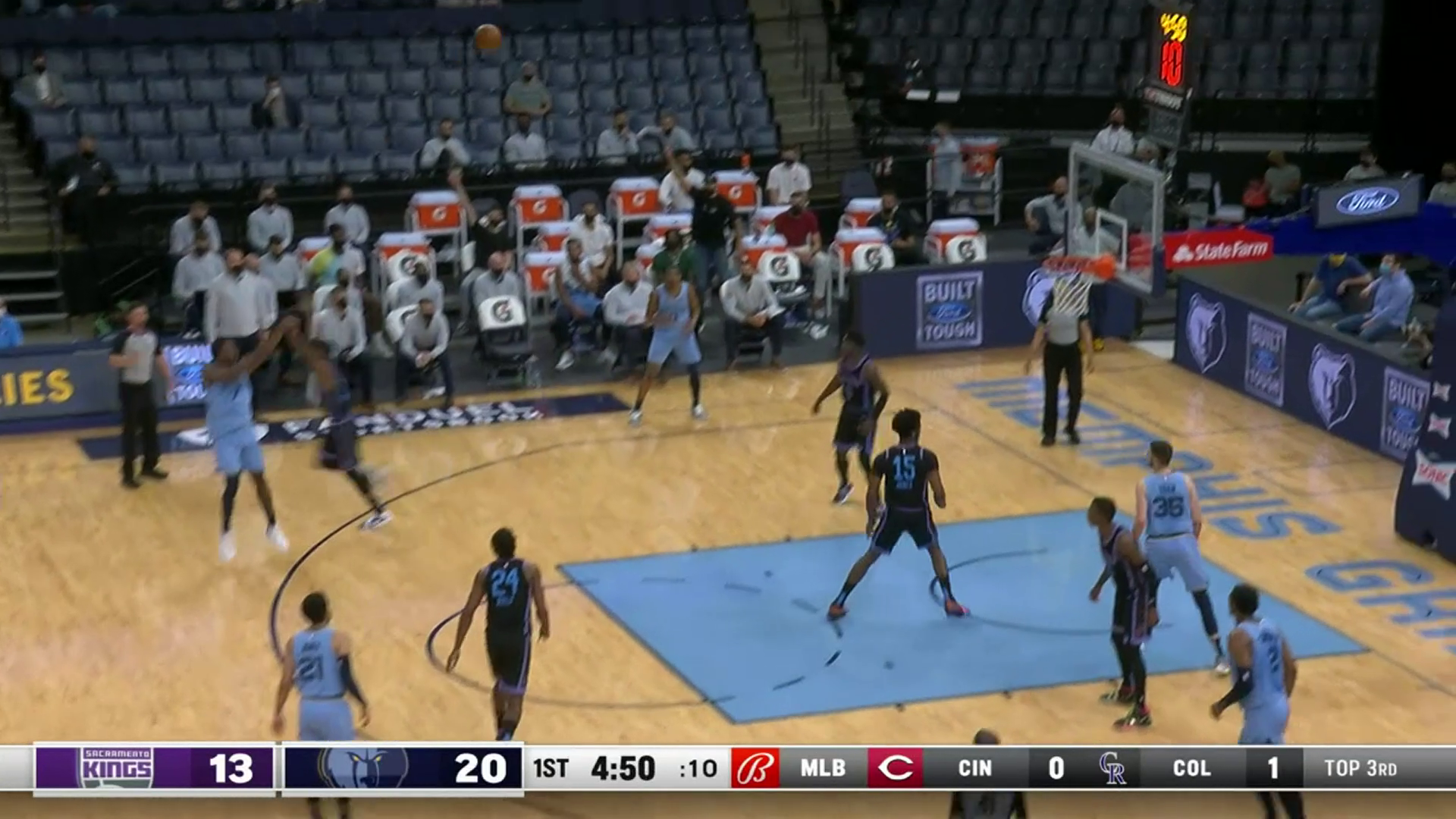 Justise Winslow drains an open three