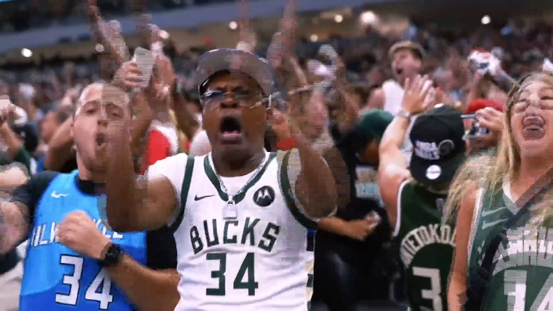 Full Focus: Giannis, Middleton close out Suns to even series