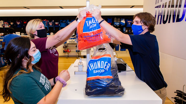 Thunder Hosts Special Shopping Trip
