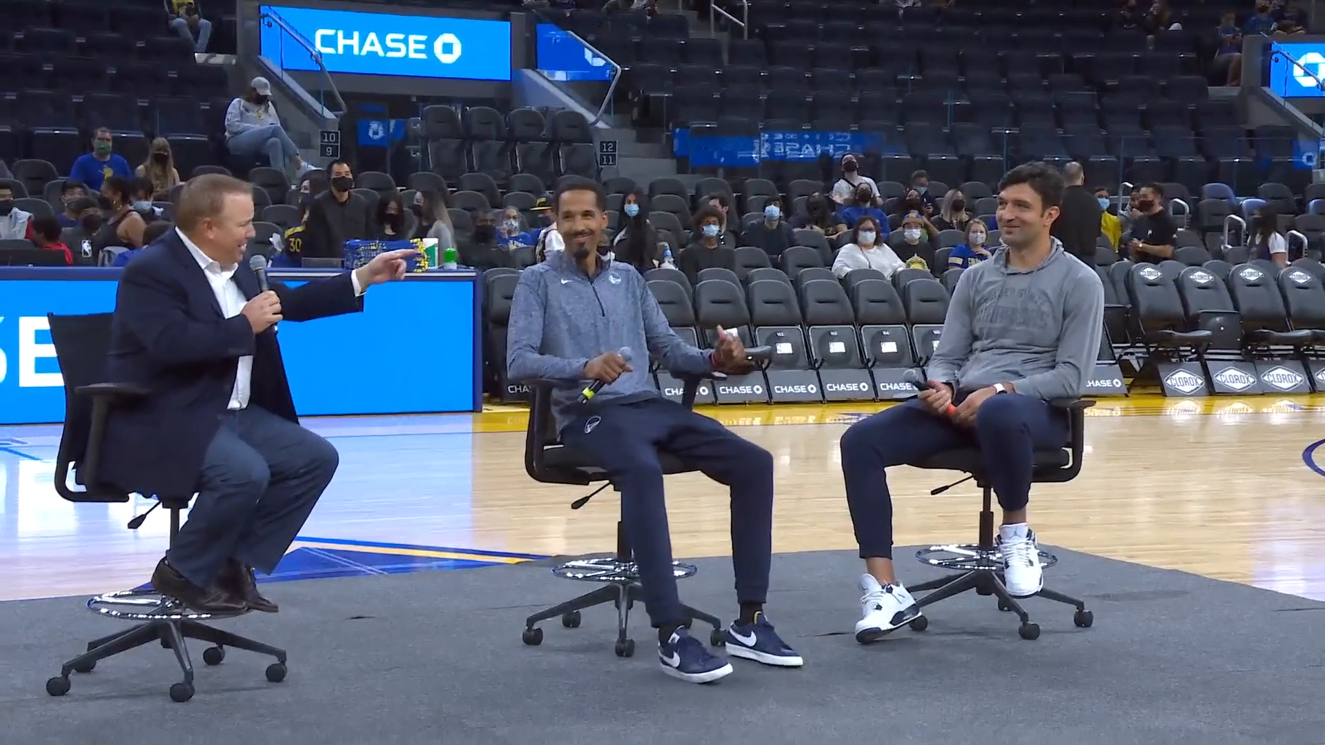 Warriors Open Practice: Q+A with Shaun Livingston and Zaza Pachulia