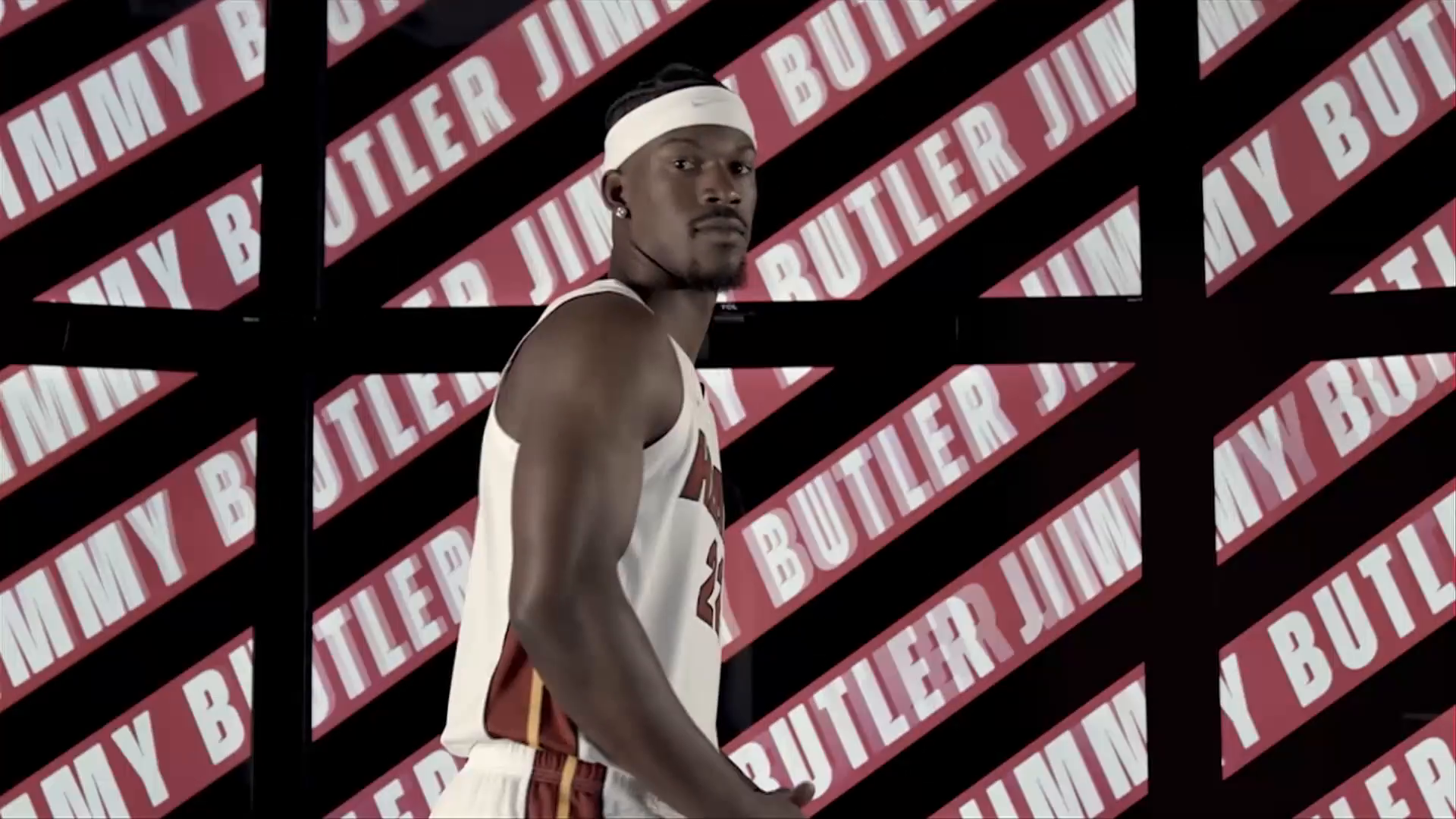 Jimmy Butler with a Double Double vs Nets